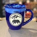Bear mountain mug in cobalt/