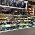 Photo de Porto's Bakery & Cafe