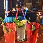 🔹Взбодриться даже в самый жаркий день помогут вкусные и освежающие напитки!  🔹Наши искусные бармены приготовят для вас домашние лимонады:   🍹Грейпфрут-розмарин  🍹Мята-маракуйя  🍹Клубника-огурец  __________________  📍ул. Гоголя д. 7  ☎️ 8(8112)20-15-25