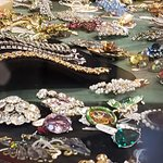 VINTAGE JEWELRY AT TREEHOUSE