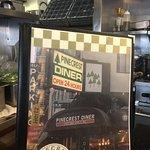 Фотография Pinecrest Diner