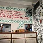 صورة فوتوغرافية لـ La Tumbamuertos Burger Bar