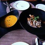 Photo de Italics & Rise at Akyra Manor Chiang Mai