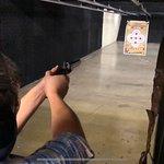 Aiming flintlock pistol