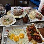 Фотография Tammouz Restaurant & Cafe