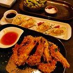 صورة فوتوغرافية لـ Buri - Sushi