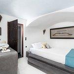Ios room at Ducato Di Oia