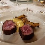 Chateaubriand flambéed, smoked potatoes and béarnaise sauce.