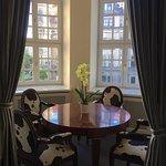 "Suite 231 - bow window & ""cow corner"""