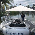 Bilde fra Floating Donut Company