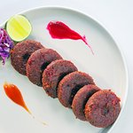 Beetroot Kebab fried mashed beetroot crumble served with chutney.