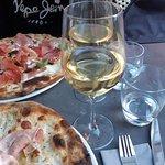 Foto de Pizzeria Mamemi & Wine Bar