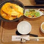 日式蛋包飯專賣店蝦仁蛋包飯定食
