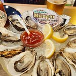 Oyster Station Snack & Oyster Bar照片