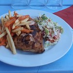 Poulet frites salade