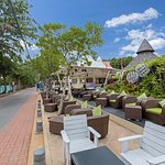 ภาพถ่ายของ Beach Bar by Aonang Villa Resort
