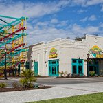 LuLu's Beach Arcade and Ropes Course