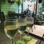 ภาพถ่ายของ Orleans Grapevine Wine Bar and Bistro