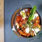 ภาพถ่ายของ Ladovina Kitchen and Wine Bar