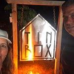 Foto de Tin Box