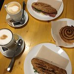 Caffé 22 รูปภาพ
