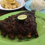 Zdjęcie Naughty Nuri's Warung and Grill