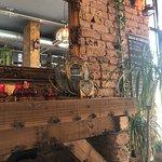صورة فوتوغرافية لـ Midpoint Restaurant