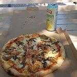 Pizza cut fianona Foto