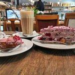 Bilde fra BEZĒ Konditoreja Bakery