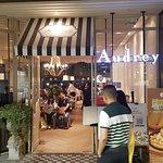 ภาพถ่ายของ Kelly by Audrey @Central Plaza Ladprao
