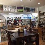 ภาพถ่ายของ Falling Rock Cafe & Book Store