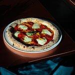 Sulle nostre pizze ci sarebbe davvero tanto da dire, ma qui ci limitiamo a ricordare che Mondofood è orgogliosamente partner di Petra – Molino Quaglia 2019, consorzio della qualità che riunisce le migliori pizzerie d'Italia.