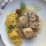 Seeteufel Medaillons mit Pfifferlingen und Pasta