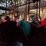 ภาพถ่ายของ Dee Lounge and Beer Garden
