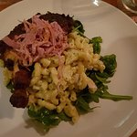 Hähnchen in Jack Daniels Marinade gebraten mit Nudel Rucola Salat
