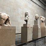 パルテノン神殿の彫刻群