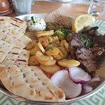 Bilde fra Nikos Greek Taverna