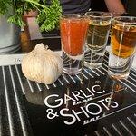Photo de Garlic & Shots