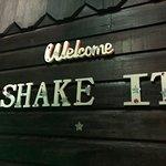 Edd's-Shake It