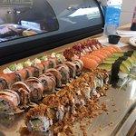 Fräsch, super gott och riktigt bra service. Bästa sushi i stan 🙌🏽😋