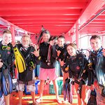 Happy divers  Koh Tao diving with Phoenix Divers. Find out more about our diving courses here - www.phoenixdiverskohtao.com
