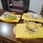 Double Cheessteak e Hamburger California