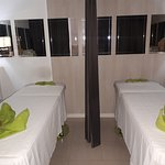 massage ibiza masaje eivissa san antonio relax holiday nails eyelashes waxing