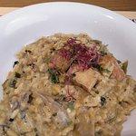 El famoso arroz al curry rojo con setas shiitake y tofu