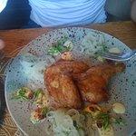 Kurczak z sałatką z cebuli