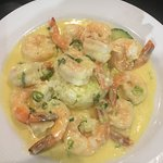 King prawns in a garlic & cream sauce with rice