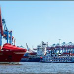MS LOUISIANA STAR im Containerhafen