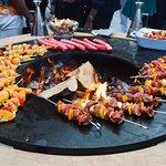 MOB HOTEL - Saint Ouen - Les puces - Restaurant méditerranéen - italien - israélien - pizzeria - Brunch - Barbecue