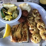 Foto de Crabby's Beachwalk Bar & Grill