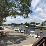 ภาพถ่ายของ Boat House Tiki Bar & Grill - Cape Coral